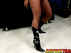 Sexy TS slut Dayane Callegare needs hard prick inside her