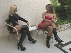 Shemale fucks leather boots girl