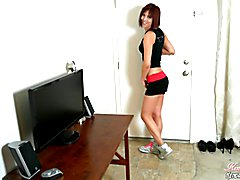 Sexy shemale Kendra Sinclaire sporty jerk off instruction