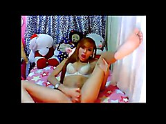 Very Cute Ladyboy Cums On Cam