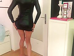 german amateur shemale masturbates on cam