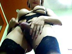 Big Butt Krystal shakes her ass for TWA