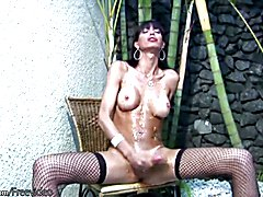 Latina tranny gets messy and jerks off shemeat till cumshot