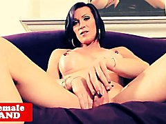 Sexy mature tranny with yummy ladycock