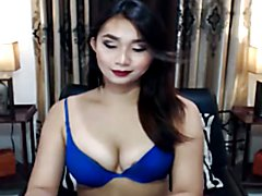 Gorgeous Tranny Babe Faps Her Cock on Cam