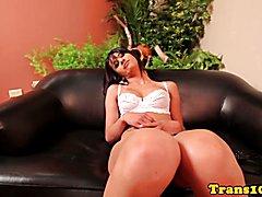 Amateur latina tranny riding on hard cock