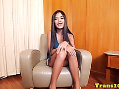 Petite ladyboy cockriding after giving head