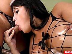 Shemales Beatricy and Bianca Hills threesome with stud