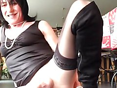VICKY POPPERS SLUT BITCH
