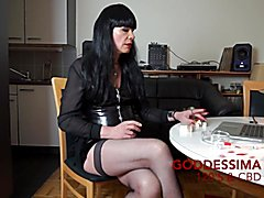 GoddessimA Smokes 120s & CBT.mp4