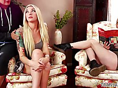 You don't need a man - Riley Nixon, Aubrey Kate