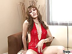 I wanna be America's Next Top Tgirl - Kylie Maria