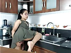 T-chick at the Kitchen
