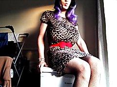 Yolana Demontfort sissy TRANSVESTITE Purple Passion
