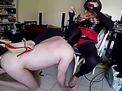 Slave swallowing he transvestite mistress
