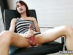 Hung Tgirl Pooh Enjoys Stroking Off
