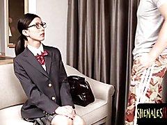 Pretty asiatic schoolgirl t-girl swallowing schlong