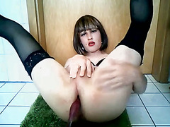 Super Sexy Crossdresser Jerks And Squirts